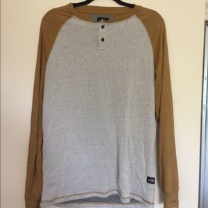 NWOT ONEIL MENS MEDIUM LONG SLEEVE